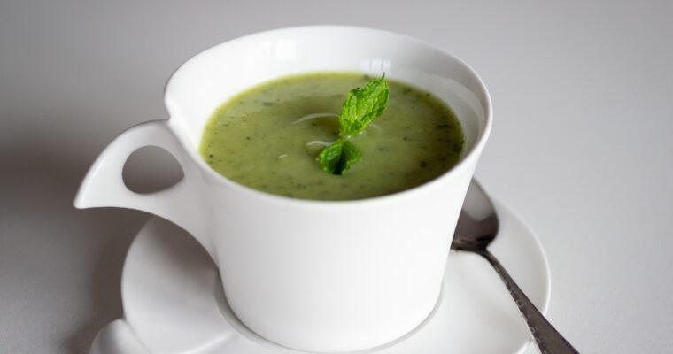 Soupe glacée de courgettes